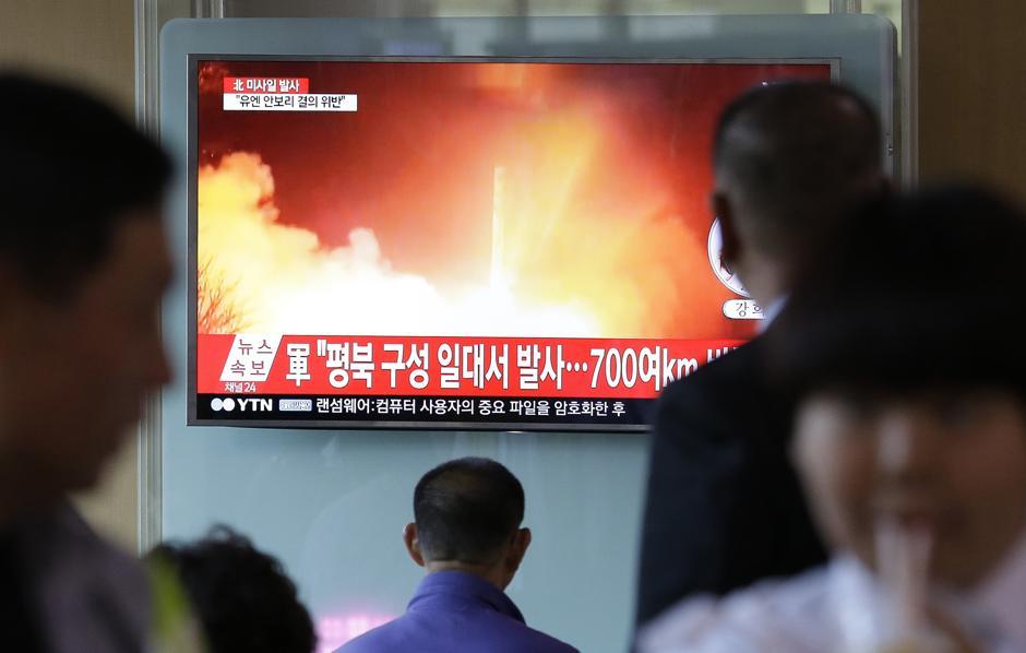 La Corea del Nord ha lanciato un Hwasong-12: può trasportare testata nucleare
